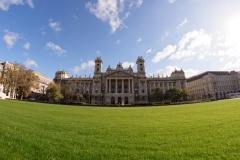 Budapest Parlamentgarten